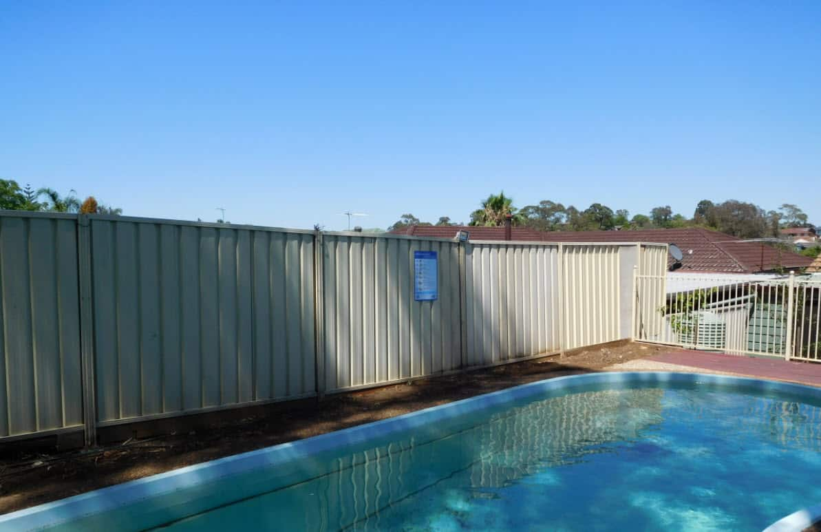 Image of: Complying With The Nsw Pool Fencing Regulations In 2020 Pool Certify